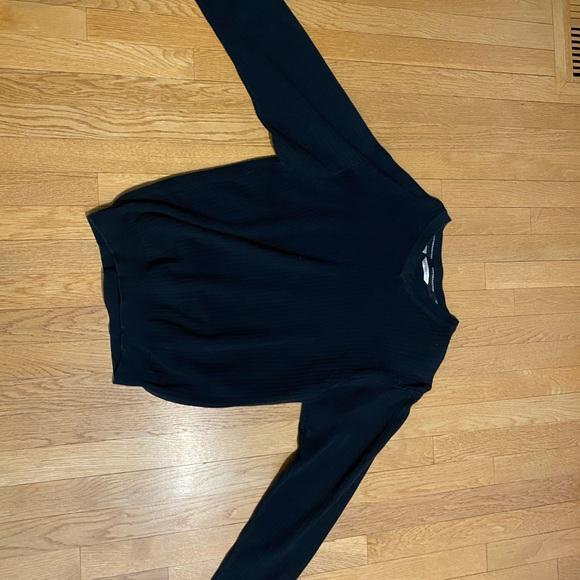 Medium black Cutter & Buck light V-neck sweater